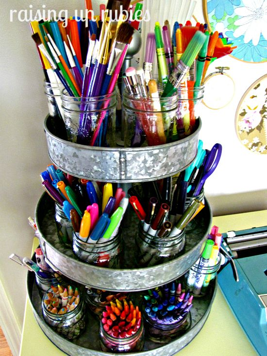 Wednesday, June 13, 2012 Reader Space: A Creative Craft Room: Organizations Ideas, Crafts Rooms, Markers, Crafts Organizations, Mason Jars, Art Supplies, Raised Up Ruby, Crafts Supplies, Storage