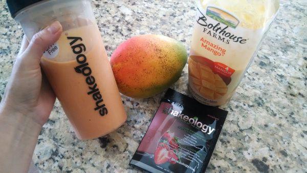 Strawberry Mango Shakeology! Strawberry Shakeology + 1 mango + mango juice + ice