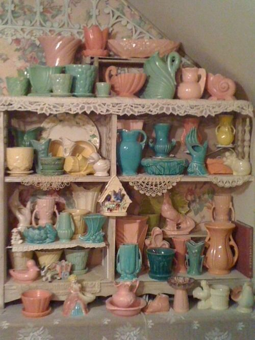 Love these vintage pieces--I'm sure the Darling Dahlias have many of them on their shelves!