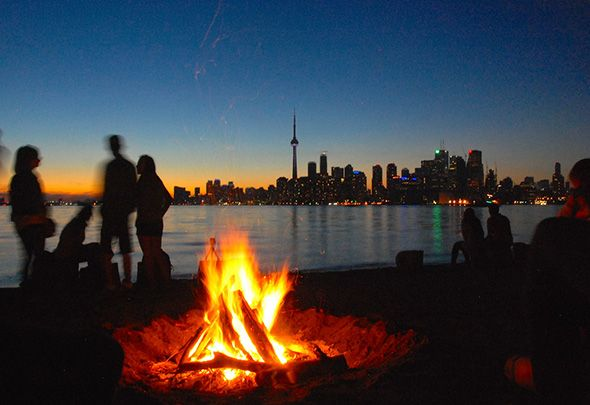 Toronto parks are good for more than just picnics, walking dogs, tossing the ball around, or lounging in the sun. In addition to sports facilities, our parks are also home to community ovens and fire pits, the latter of which allow city dwellers to soak up a bit of the...