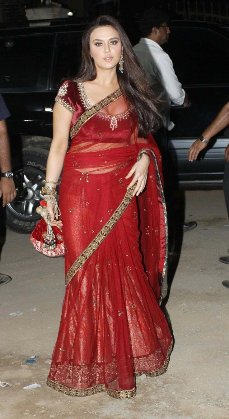 Preity Zinta Saree | preity-zinta-very-hot-and-sexy-in-red-saree-High-quality-wallpapers ...