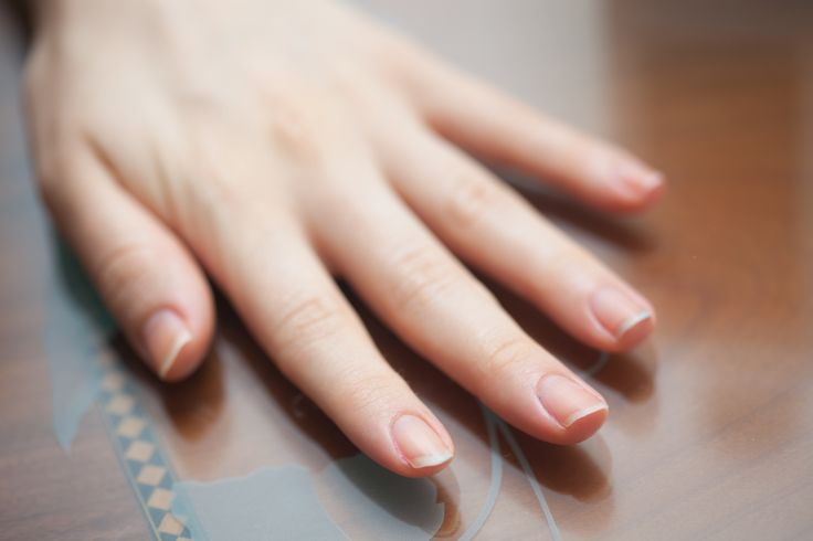 How to Remove Fingernail Polish Without Remover Most nail polish removers contain acetone, a harsh chemical. Acetone can dry out nails and make them brittle. Alternative methods can be used to safely remove nail polish without harming your nails.