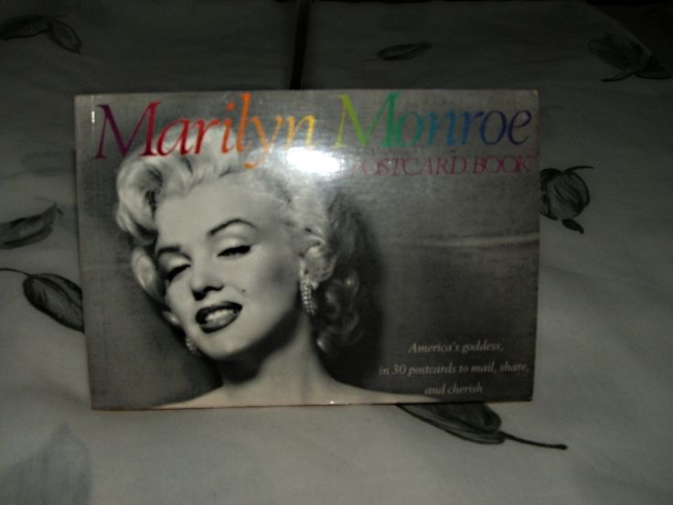 1989 Marilyn Monroe 30 Card Postcard Book  Complete & Unused by ThriftyMidge on Etsy