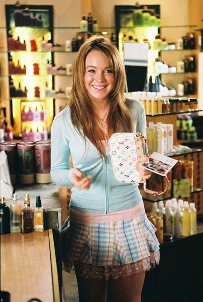 """Lindsay Lohan in """"Mean Girls"""" with her LV Multicolore Pochette Bag #MoshPosh"""