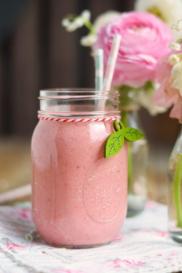 Himbeer Mango Smoothie - Raspberry Mango Smoothie - Breakfast Smoothie | Das Knusperstübchen