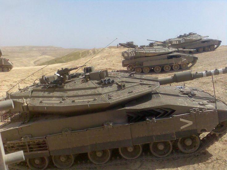Israili battle tanksPanels Tanks, Modern Army, Military History, Merkava Iv, Israeli Merkava, Military Vehicle, Army Tanks, Battle Tanks, Jewish Israeli