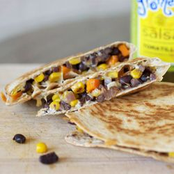 quesadillas.: Veggie Quesadillas, Charro Beans, Veggies Quesadillas, Beans Veggies, Healthy Eating, Black Beans Quesadillas, Healthy Food, Healthy Veggies, Mr. Beans