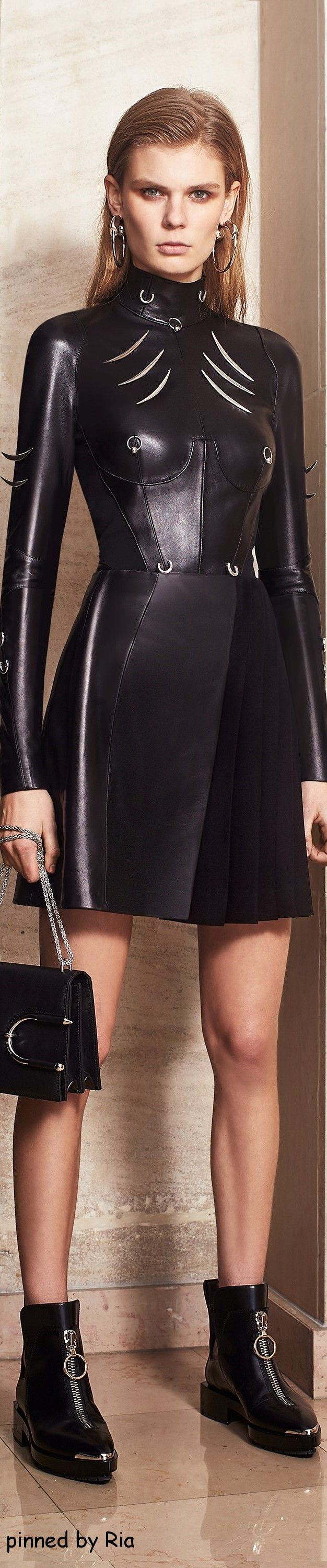 Mugler Pre Fall 2016  Not nipple pierced clothes :(