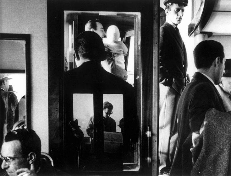 G. Berengo Gardin Venezia, in vaporetto, 1960