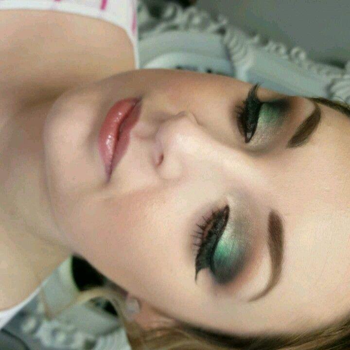 #fusionHDhair&makeup Gorgeous smokey green look