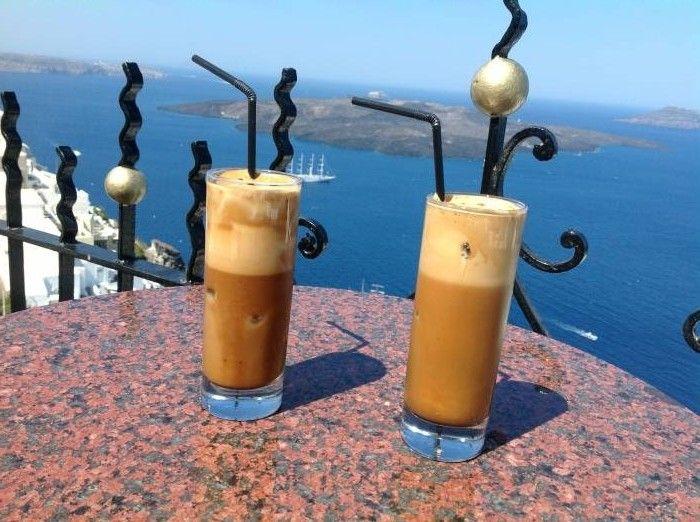 """ΑNGELA Κ. - ΑUSTRALIA -ΕΚΠΡΟΣΩΠΟΣ ΤΗΣ ΕΛΛΑΔΑΣ:Santorini my favourite island. I think this photo captures the beauty of Greece, the sun, the blue water and """"the frape"""""""