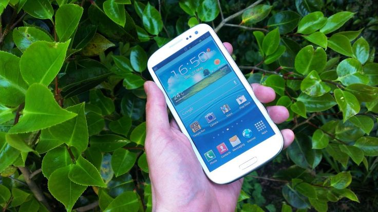 Samsung updates Galaxy S3 and co to block killer code | Samsung has confirmed that it has resolved any issues surrounding the 'killer code' which threatened to wipe some of its handsets. Buying advice from the leading technology site