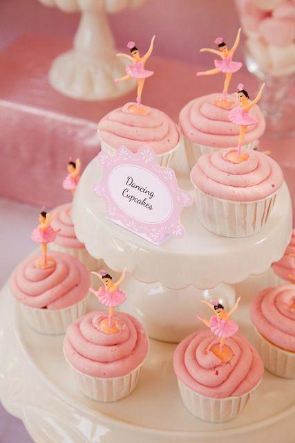 Dancing cupcakes #ballerina