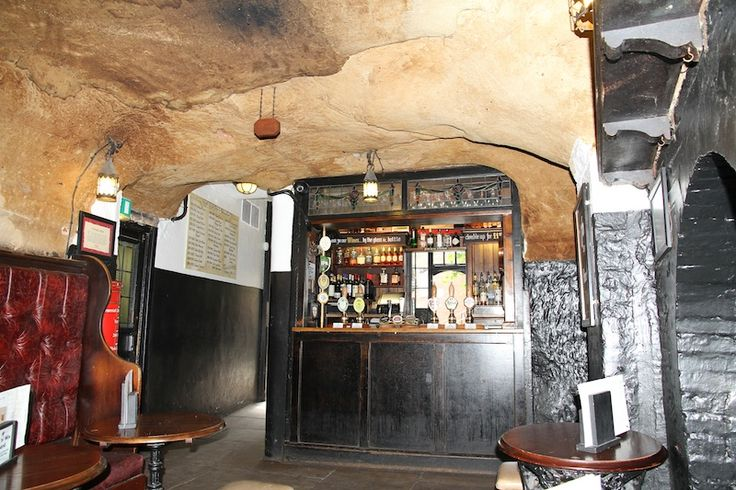 Ye Olde Trip to Jerusalem, which claims to be the oldest inn in England, has cellars carved from the rock base beneath Nottingham Castle