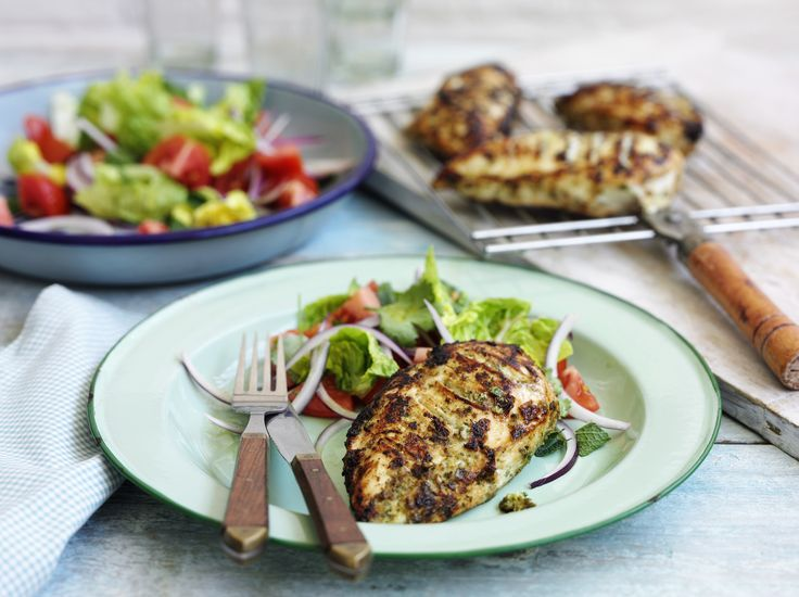 Lots of us are trying to eat healthily this January. Running out of #recipe ideas? Take a look at our recipe for tasty tandoori chicken. Yum! https://www.rspcaassured.org.uk/get-involved/recipes/yoghurt-spiced-chicken-by-paul-merrett/