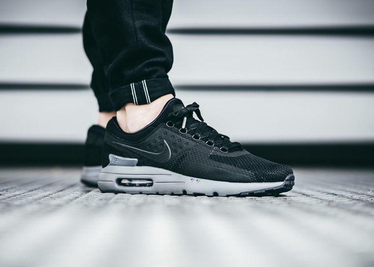 Nike Air Max Zero: Black