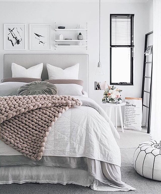 Bedroom perfection by the incredible @oh.eight.oh.nine  the amount of times I've seen this image re-pinned on Pinterest blows my mind  legend