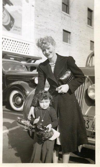 Penny Singleton & her daughter Dorothy!