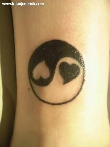 Resultado de imagen para tatuajes yin yang
