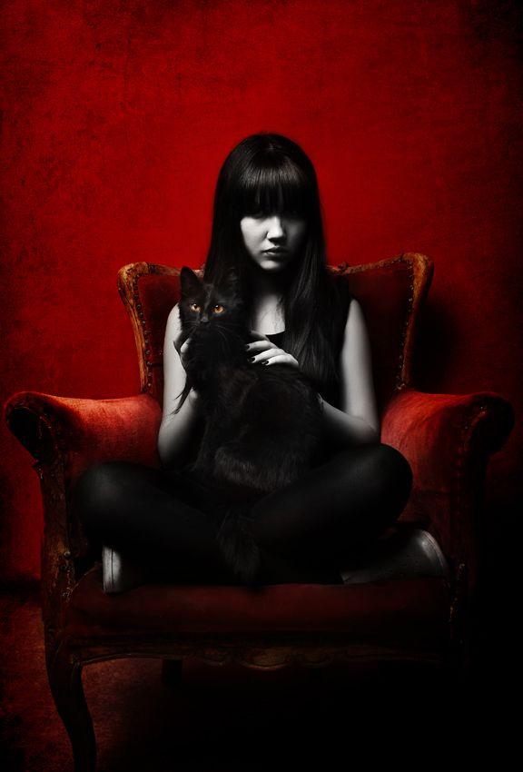 Emily the Strange: Goth Girls, Emily Strange, Darkside, Black White, Dark Side, Emily The Strange, Black Cat, Blackcat, Cat Lady