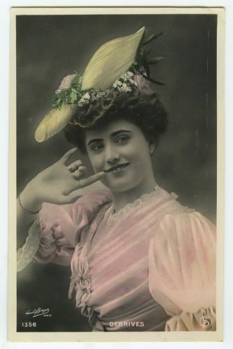 c-1907-French-Theater-Beauty-Mlle-DEBRIVES-fashion-tinted-photo-postcard