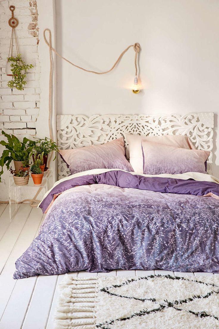 Plum and green bedding - Best Dorm Room Decorating Ideas Bedroom Decorating Tips Teen Vogue
