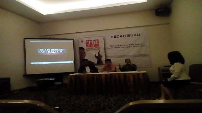 Diskusi Bedah Buku Karya Rohadi Mantan Panitera Pengganti Pn Jakut Industri Buku Anjuran