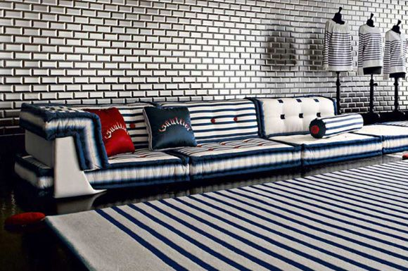 62 best mah jong images on pinterest canapes couches for Canape jean paul gaultier