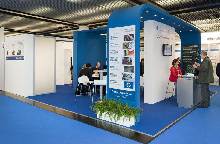 K - Messe Düsseldorf. EIGENMANN&VERONELLI. Ricerca, analisi, promozione e comunicazione. Progettazione e realizzazione dell'allestimento dello stand. Photo by honegger