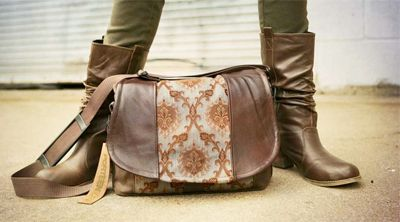 Hey you camera bag fans--head over to this website for a fairly comprehensive list of stylish camera bags.