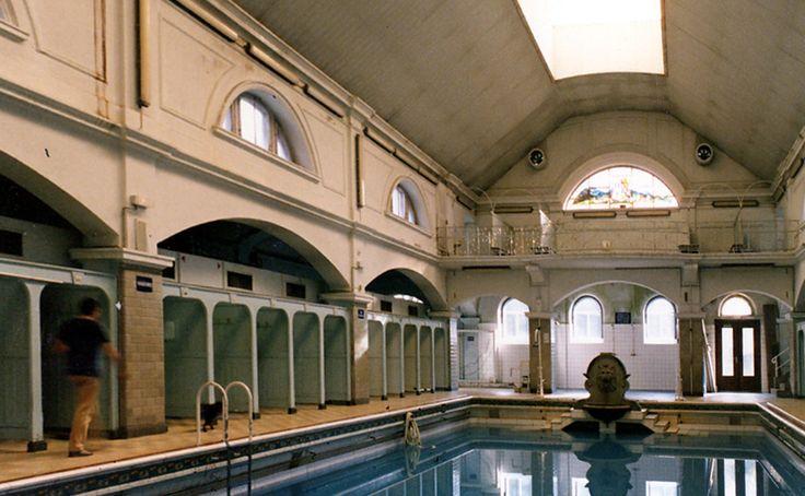 Top 25 ideas about piscines class es mh on pinterest - Piscine municipale suresnes ...