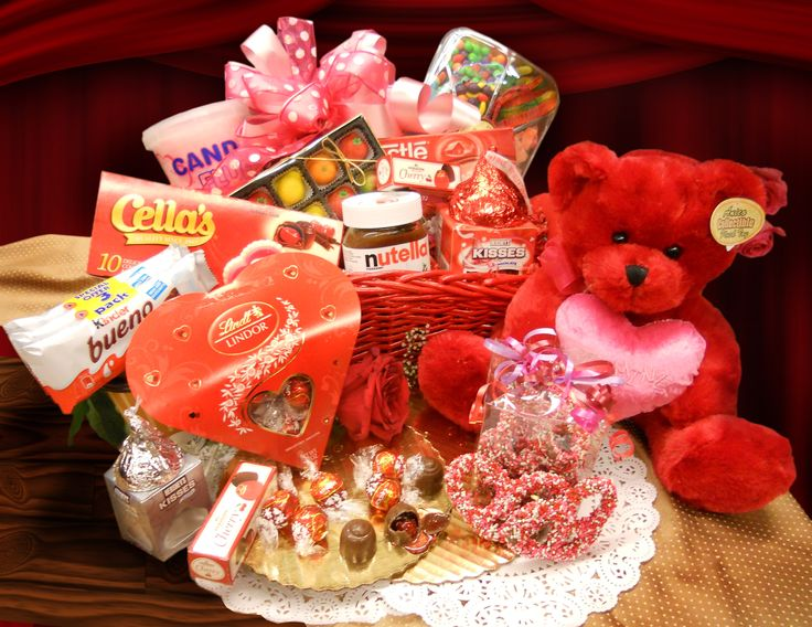 Valentines-Day-Gift-Baskets-Picture-2865