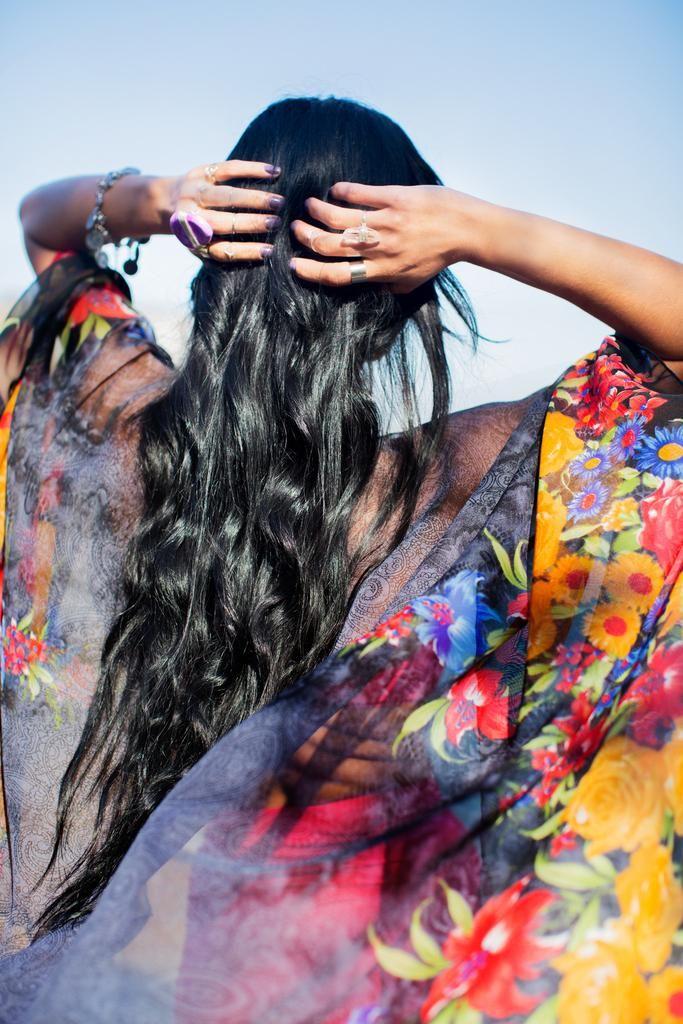 Gypsiana Kimono Cape- Black