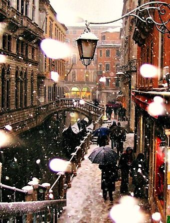 venice at christmas time