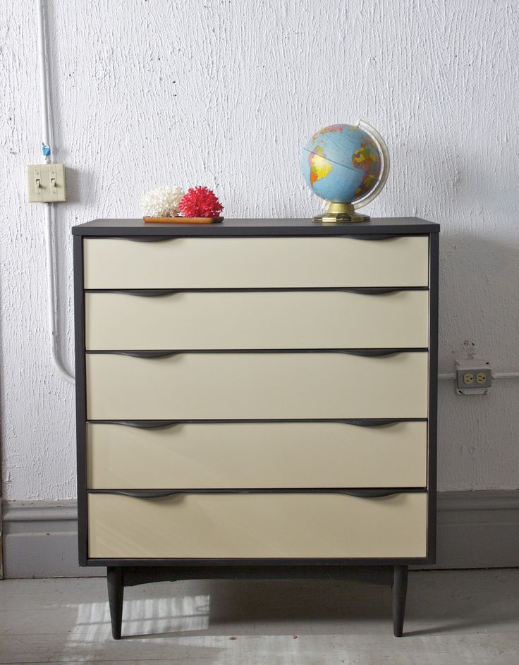 Mid Century Modern Painted 5 Drawer Tall Dresser / Gentlemanu0027s Chest WIth  Rounded Pulls   Mod Mad Men
