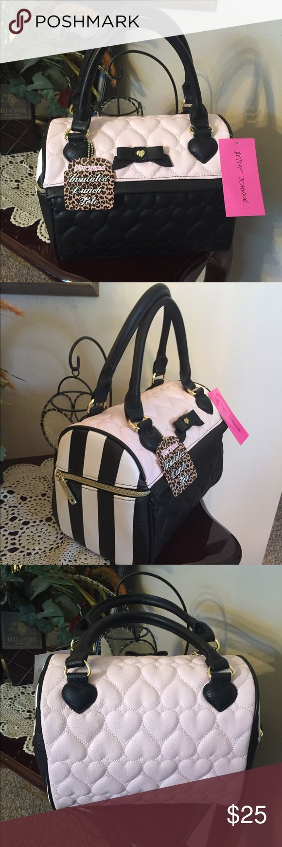 BETSEY JOHNSON insulated Lunch Tote🌸 New beautiful Betsey Johnson insulated lunch Tote. Pink/black color, with zipper closure. NWT Betsey Johnson Bags Totes