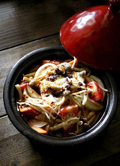 タジン鍋で作る!カレー味の蒸し焼き野菜 by Higucciniさん | レシピ ...