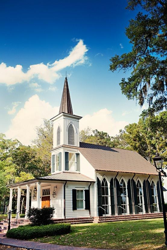 I want my southern wedding in a cute little church :)