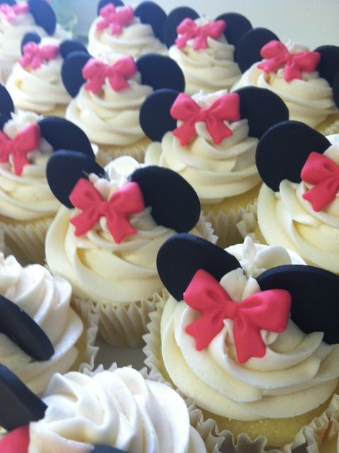 "Photo 22 of 38: Minnie Mouse / Birthday ""Emma's Minnie Mouse 4th Birthday"" 