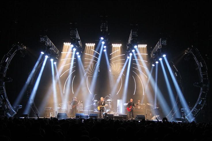 Naked Eye Paul Weller Tour.jpg 740×493 pixels