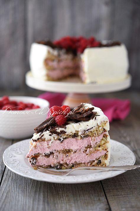 Tort cygański z kremem malinowym