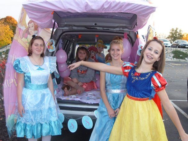 30 best trunk or treat ideas images on Pinterest Halloween prop - halloween trunk or treat ideas