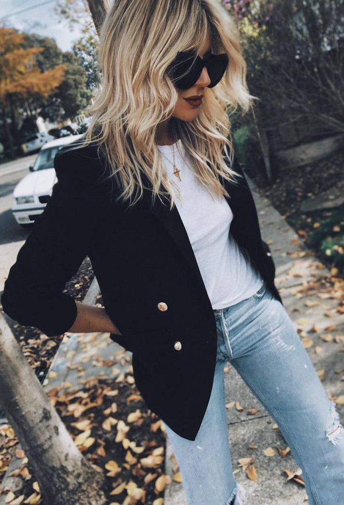 casual style perfection / blazer + white tee + rips