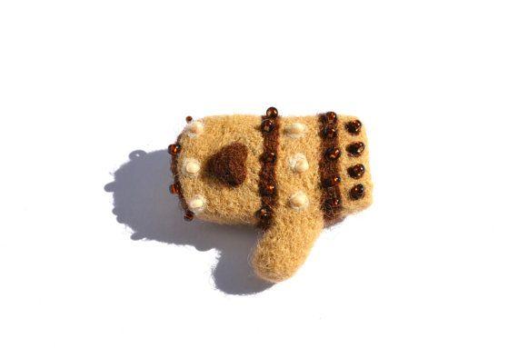 Handmade needle felted brown beige mitten glove от AduevaArt, €5.00