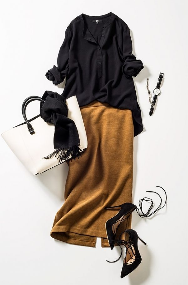 Camel long skirt,black shirts,white tote bag,black lace up high heel ,blank stole