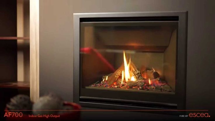 Escea AF700 Gas Fireplace.  Showcasing the flickering flames of the AF700.