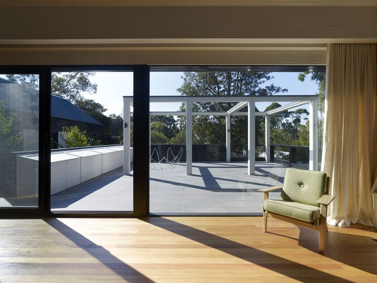 Blake Street Residence by B.E Architecture