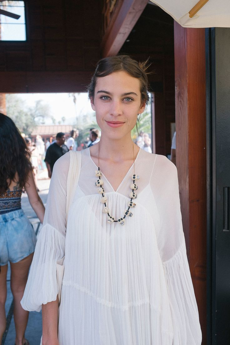 Alexa Chung in Chloé - The flower necklace gives it a real boho vibe.