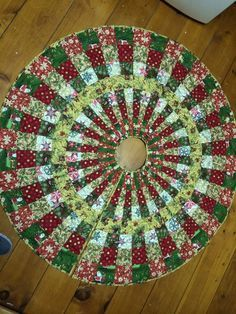 21 Best Christmas Tree Skirts Images On Pinterest