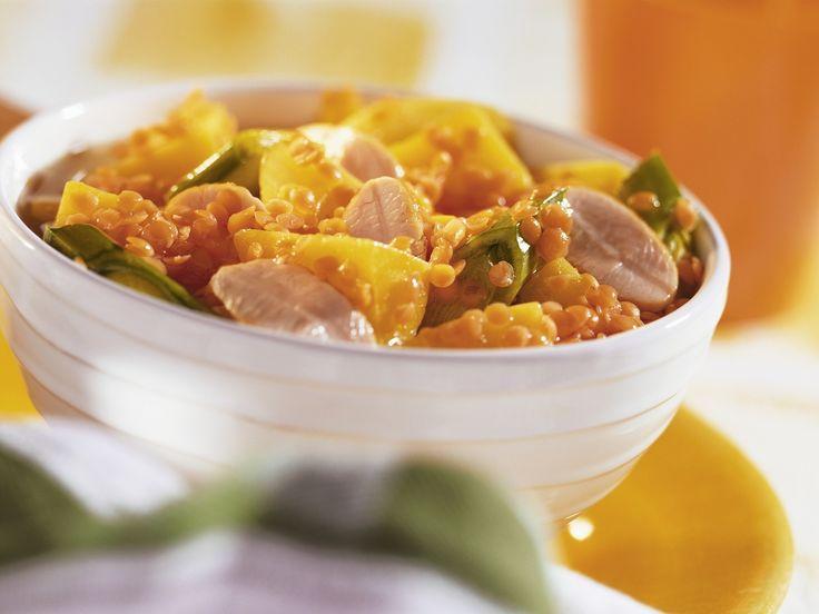 Linsen-Lauch-Eintopf mit Kartoffeln und Putenbrust   Zeit: 40 Min.   http://eatsmarter.de/rezepte/linsen-lauch-eintopf-mit-kartoffeln-und-putenbrust